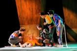 Foto: Anja Köhler v. l. Lukas Engel, Martina Dähne, Sebastian Hammer, Curdin Caviezel http://landestheater.org/kalender/2017/12/01/anton_das_maeusemusical-1.html